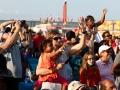 Crowd wavingR